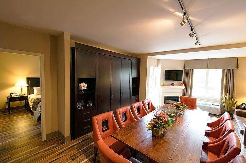 Tantalus Suite at Executive Suites Squamish Hotel