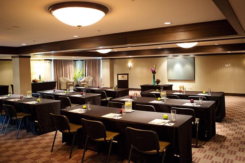 Garibaldi Room at Executive Suites Hotel
